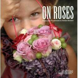 LIBRO ON ROSES